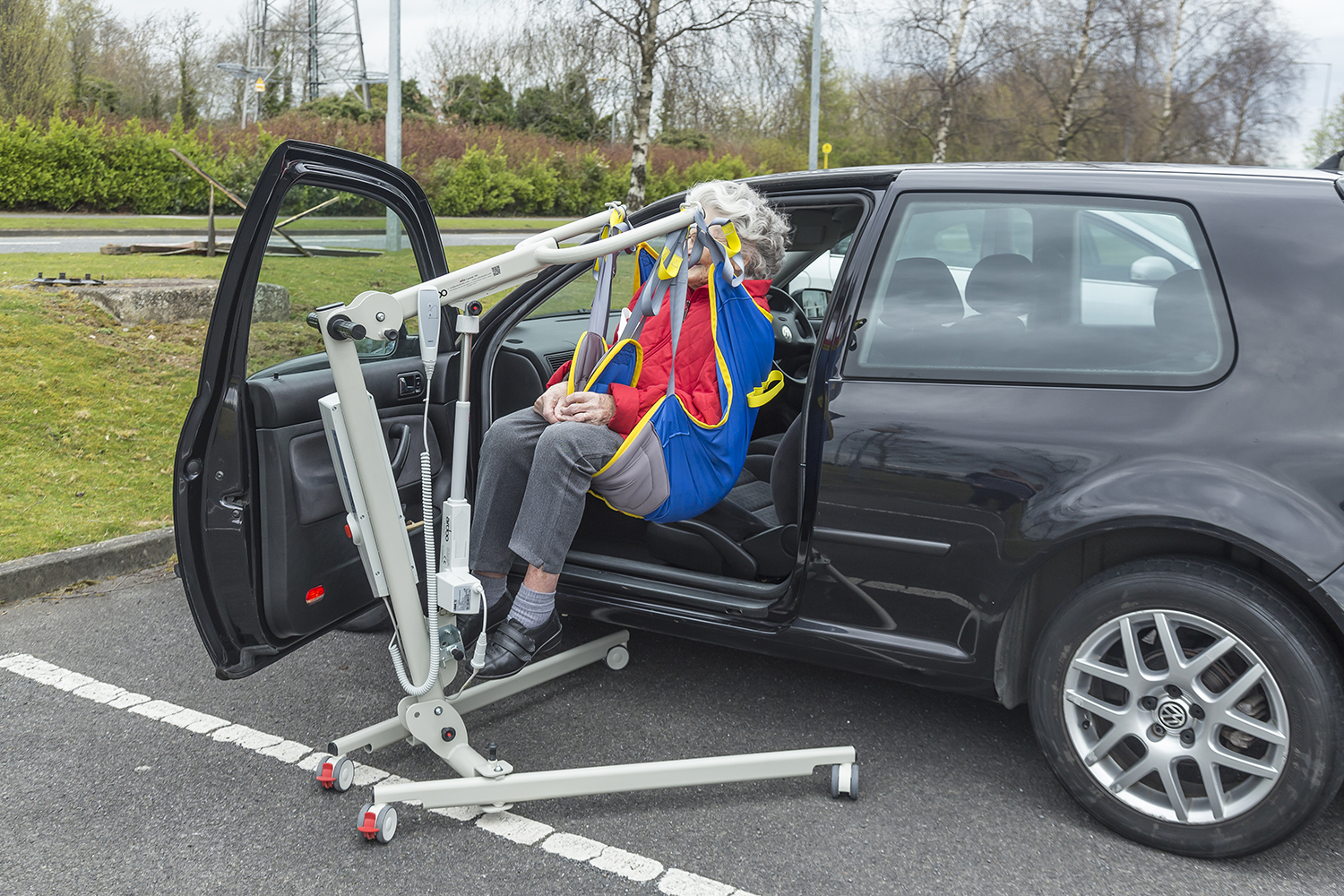 Auto Lifts For Disabled : Disabled hoist hire portable ardoo to rent or in